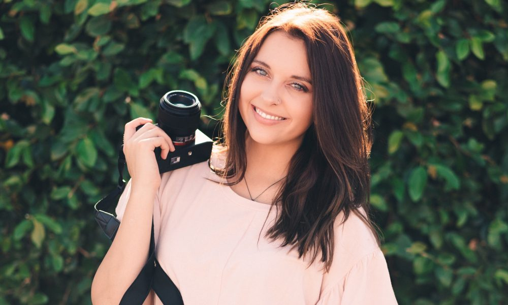 Meet Alyssa Pakes Of Pakes Photography In Goodyear